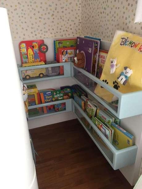 16. O revisteiro infantil costuma ser colorido e divertido. Foto: Pinterest