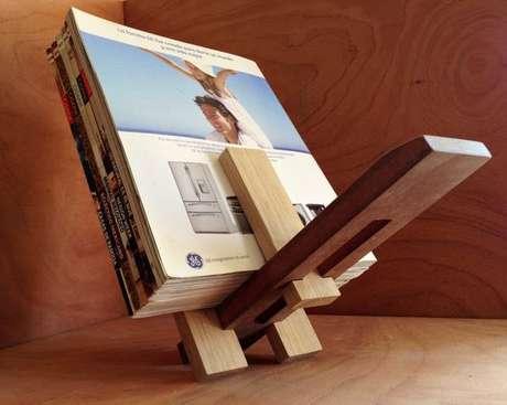 8. O revisteiro de madeira é um modelo muito popular. Foto: Pinterest