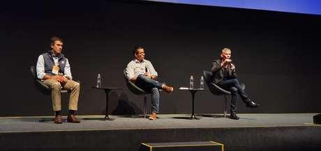 Gabriel Leal e Fernando Teles participam de mesa mediada por Tulio Oliveira