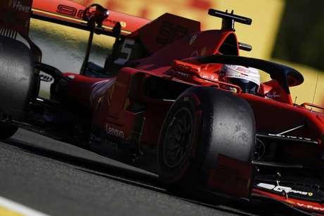 GP da Bélgica: Vettel lidera dobradinha da Ferrari no TL1; Hamilton com problemas
