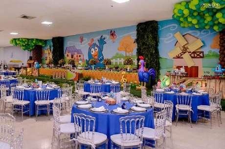 27. Pense na cartela de cores para a decoração de festa simples da Galinha Pintadinha – Foto: Inove Festas