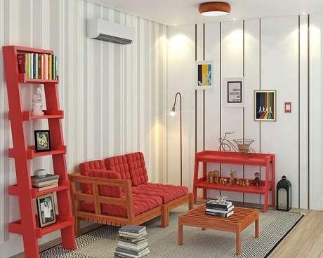 54. Estante vermelha se harmoniza com a decoração do ambiente. Fonte: Pinterest