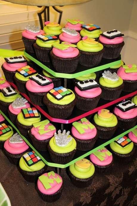 22. Os doces da festa anos 80 devem ser muito bem decorados. Foto: Flickr