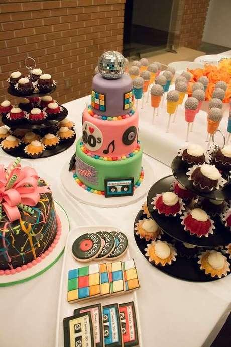 5. A popularidade da festa anos 80 é muito grande. Foto: Catch My Party