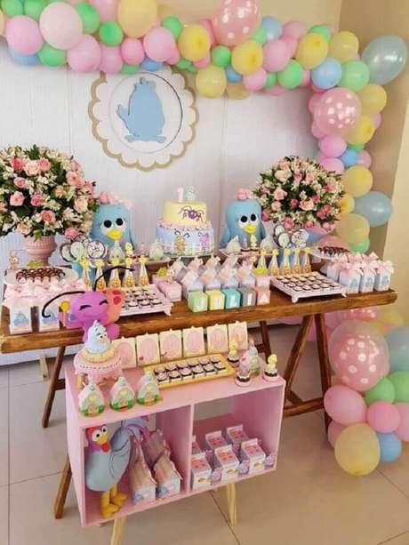 47. Tons pastéis para decoração de festa da Galinha Pintadinha rosa – Foto: Viver com Criatividade