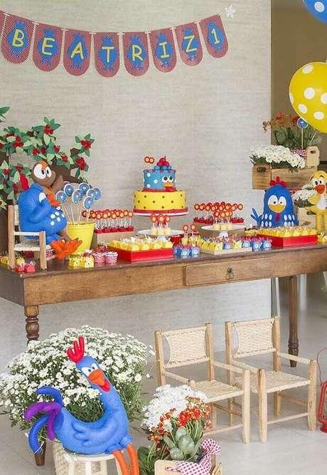 49. Decoração para festa da Galinha Pintadinha simples e barata – Foto: Pinosy