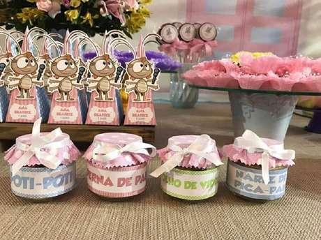 58. Ideias de lembrancinhas decoradas para festa da Galinha Pintadinha rosa – Foto: Lais D'alva
