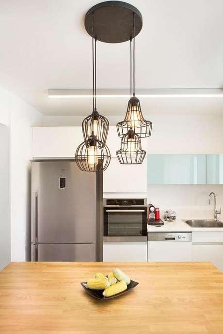 16. Luminária pendente aramado para cozinha – Por: Pinterest