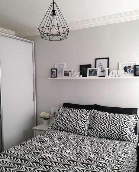17. Luminária pendente aramado preto e branco – Por: Pinterest
