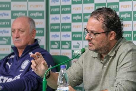 O técnico Luiz Felipe Scolari e o diretor de futebol Alexandre Mattos, ambos do Palmeiras, concedem entrevista coletiva nesta quinta-feira, 29, no CT Academia de Futebol, no bairro da Barra Funda, na zona oeste da capital paulista