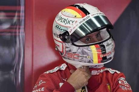 Vettel diz que 'não tem desculpa' pela diferença para Leclerc na pole