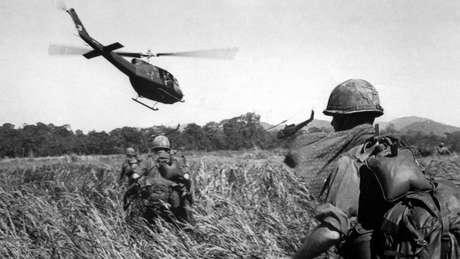 As pesquisas mostravam que soldados no Vietnã tinham mais possibilidade de dispararem do que os soldados que combateram na 2ª Guerra