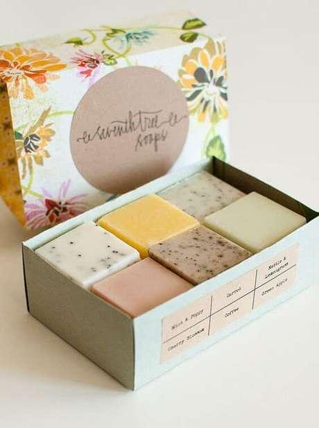 21. Aprenda como fazer sabonete artesanal para vender – Por: Pinterest