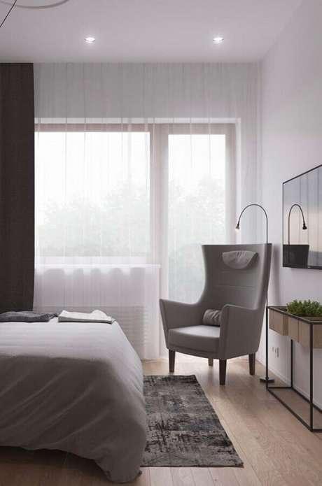 28. Poltrona moderna para quarto de casal com decoração clean – Foto: Wood Save