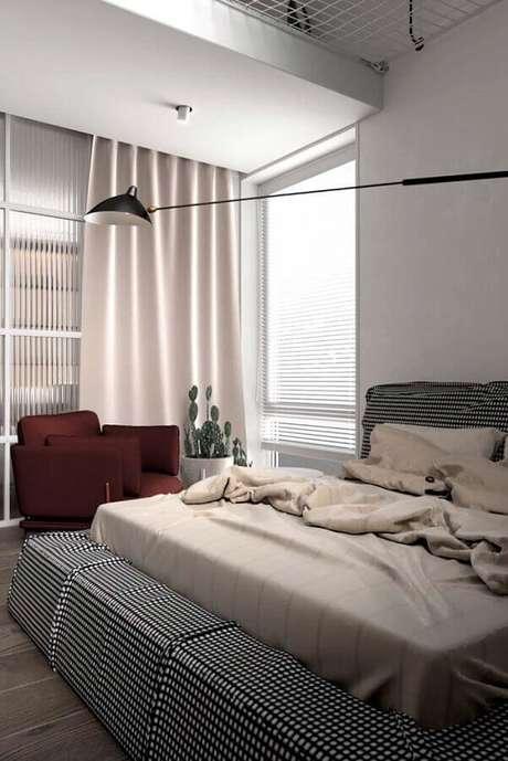 47. Poltrona para quarto de casal com decoração neutra – Foto: Behance