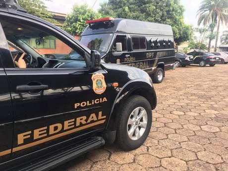 Operação da PF prende dono da Universidade Brasil e outras 17 pessoas por fraudes no Fies, Prouni e Revalida