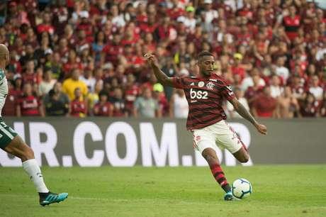 Reforço em casa: Gerson não teve problemas para adaptar-se ao Flamengo (Foto: Alexandre Vidal / Flamengo)