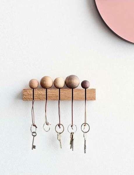 10. A simplicidade pode ser o que define o porta chaves. Foto: Decostore