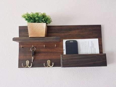 14. O porta chaves pode ser simples e muito funcional. Foto: Hudy