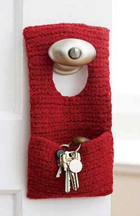 24. O porta chaves pode ser até um simples bolo de crochê. Foto: Ravelry