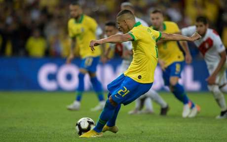 Richarlison marcou na final da Copa América (Foto: JUAN MABROMATA / AFP)
