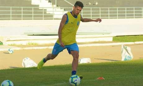 Victor Paraíba espera a vitória do CSA sobre a Chapecoense (Foto:Morgana Oliveira/Divulgação/CSA)