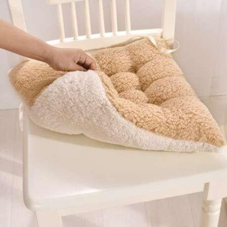 48. Pense no conforto da sua cadeira com a almofada para cadeira – Por: Compras Velozes