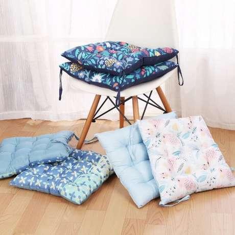9. Escolha estampas lindas para a almofada para cadeira – Por: Bangod