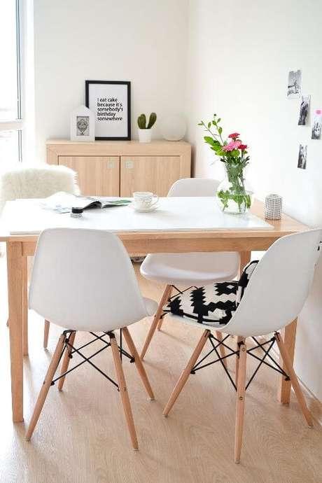 18. Almofada para cadeira eames – Por: Pinterest