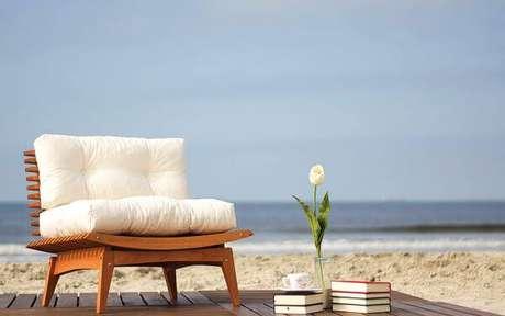6. Almofadas para cadeiras de madeira – Por: Leroy Merlim