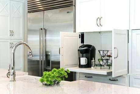 4. Tenha um espaço reservado para o seu cantinho do café na cozinha – Foto: Decoração e Ideias