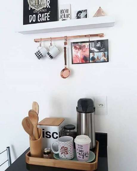 47. Decoração simples para cantinho do café na cozinha – Foto: We Heart It