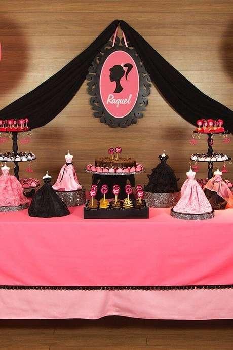 61. Detalhes lindos da festa da barbie – Por: Pinterest