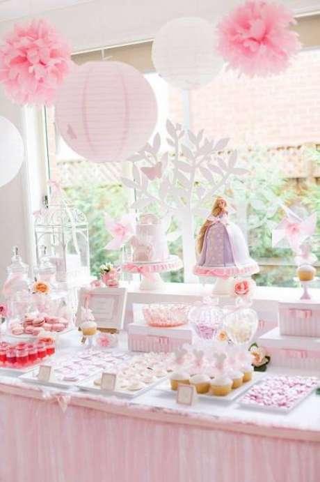 6. Festa da barbie princesa delicada e em tons pasteis – Por: Solo Infantil