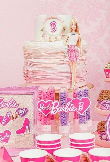68. Festa da barbie cor de rosa – Por: Pinterest