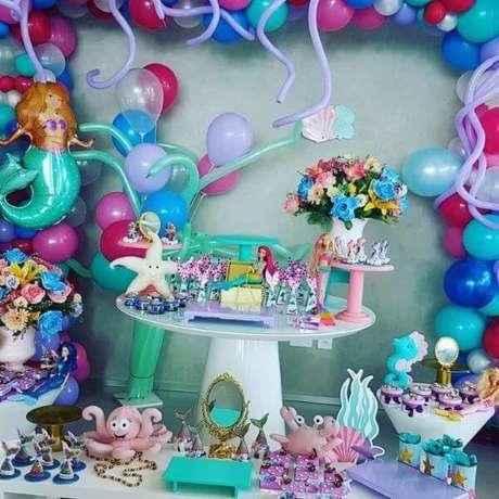 69. Festa da barbie sereia – Por: Pinterest