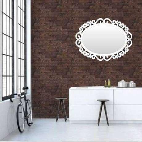 50. Moldura para espelho em MDF branco. Fonte: Pinterest