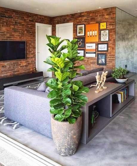 51. Vasos de plantas com aspecto envelhecido combina com decoração industrial. Fonte: Dekors Design
