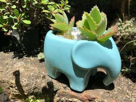 72. Vaso criativo feito de porcelana. Fonte: O Meu Jardim