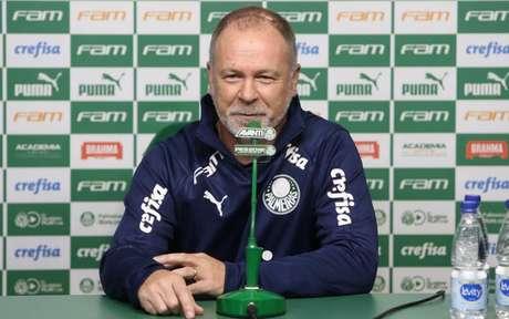 Mano Menezes durante sua apresentação na Academia de Futebol (Foto: Divulgação/Palmeiras)
