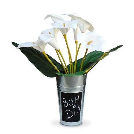 34. Use a flor copo de leite para decorar sua casa com muito requinte – Por: Pinterest