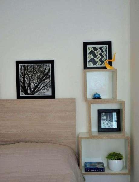 48. Os nichos de madeira podem substituir outros móveis. Projeto de PPStudio Espaços Criativos