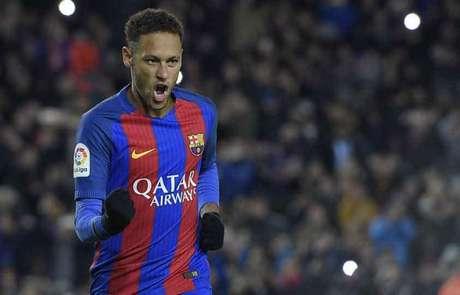 Neymar em campo pelo Barcelona (Foto: Lluis Gene / AFP)