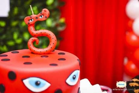 14. topo de bolo para festa ladybyg – Por:Milena Langa