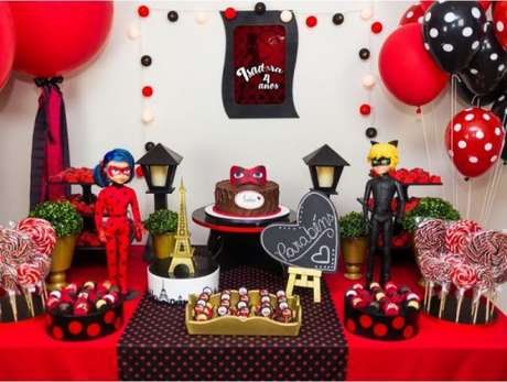 26. Festa Ladybug e Cat Noir – Por: Pinterest