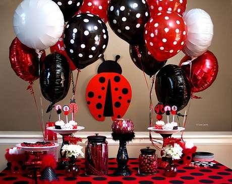 30. Detalhes em joaninhas para festa ladybug – Por: Pinterest