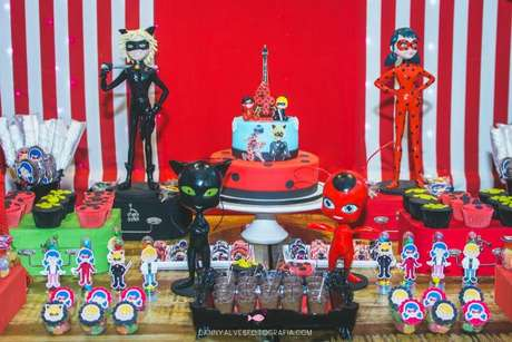 42. Festa ladybug para aniversário infantil – Por:Danny Alves Fotografia