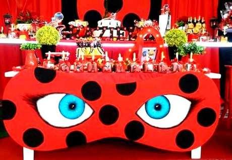 47. Máscara ladybug com máscara – Por: Pinterest