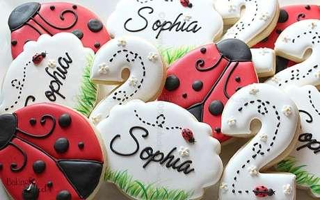 65. Doces para festa ladybug – Por: Pinterest