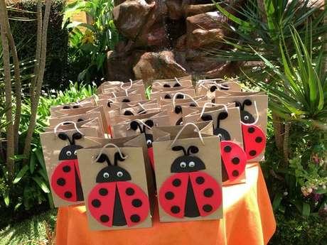 66. Lembrancinhas para festa ladybug – Por: Macetes de Mãe